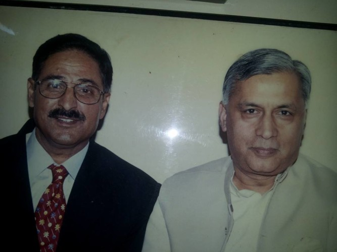 I H Malik With Former Prime Minister of Pakistan Shaukat Aziz