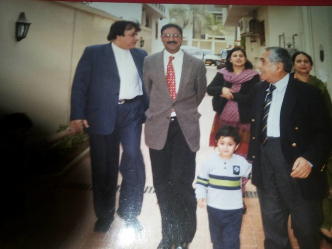I H Malik with former Cheif Justic of Pakistan Sheiekh Riaz and his Family and Chairman Yaqoob Tabani