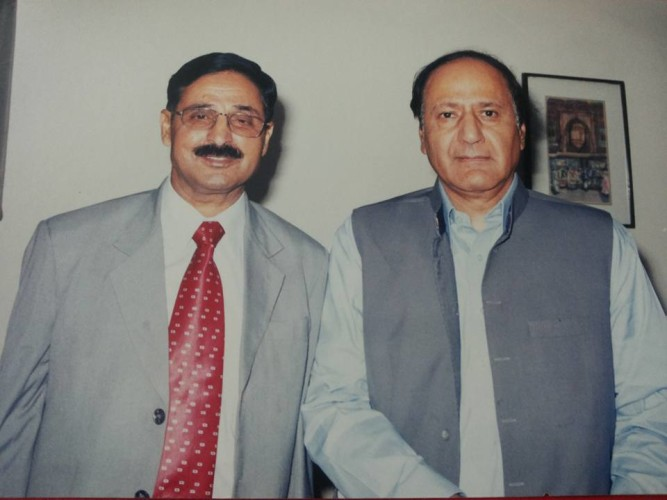 With former Prime Minister of Pakistan Ch Shujaat Hussain