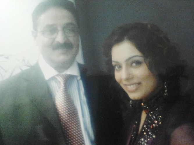With former Rohi Anchor TV Sadia Hyat Khan